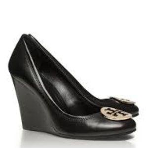 Tory Burch Black Wedge Size 7